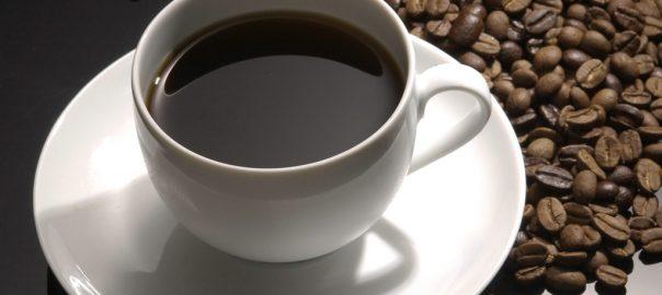 Uống cà phê tác động như thế nào đến răng của bạn - Huca Food CoLtd